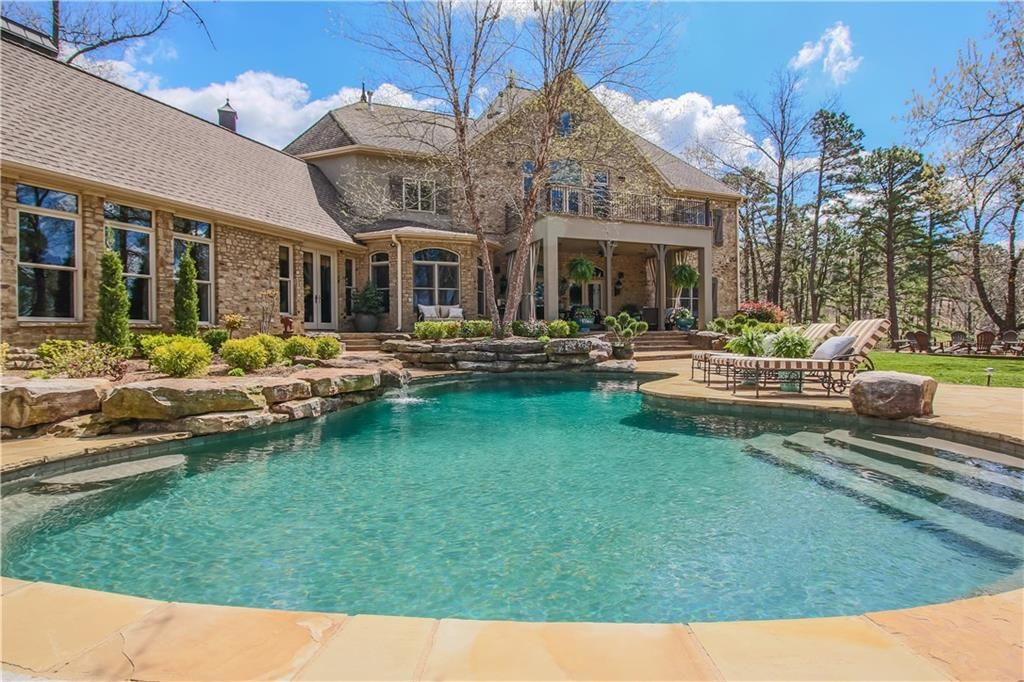 Gorgeous Luxury Homes For Sale In Lowell Ar See Them Here Http Www Tnecessary Remaxarkansas Com Lowell Ar Luxury Luxury Homes Arkansas Real Estate Luxury
