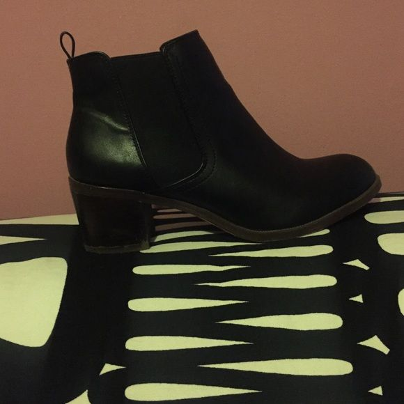 Black Chelsea Boots Vegan leather, great condition boots. Shoes Ankle Boots & Booties