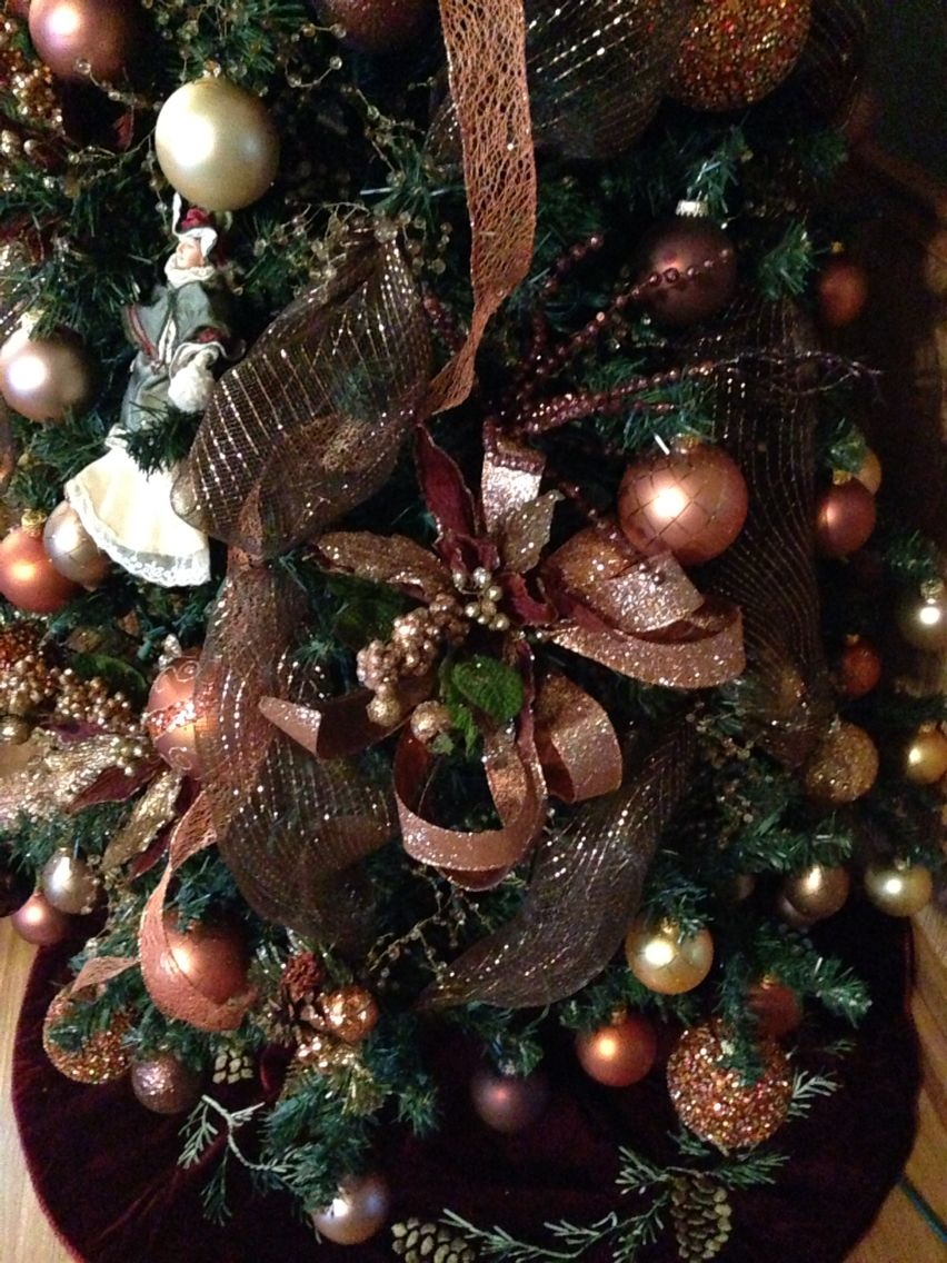 Copper Christmas Tree Using Earth Tone Colors Christmas Tree Themes Colorful Christmas Tree Christmas Decorations