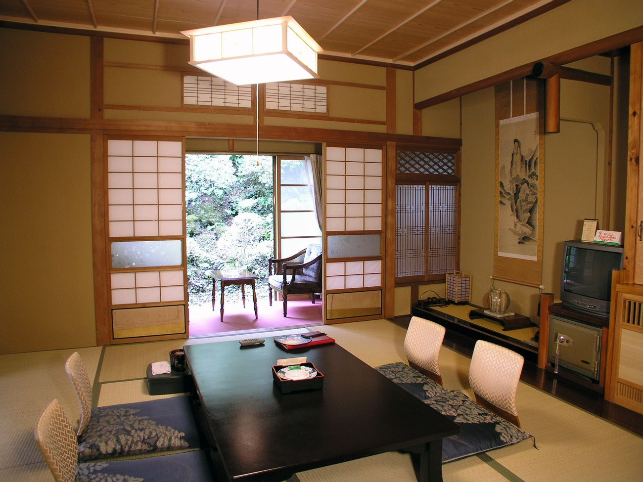 Japanese Room Design Ideas Part - 32: Calming-Japanese-Dining-Room-Design-Ideas-That-Will-