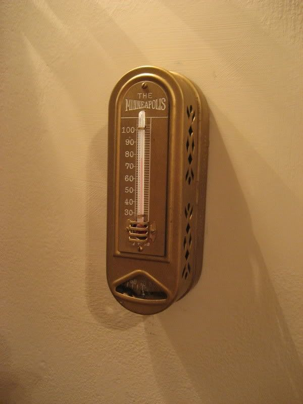 This 1930s Vintage Thermostat Works Beautifully