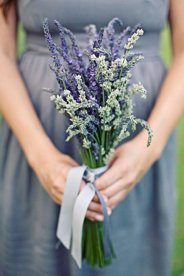 Bouquet Lavanda Sposa.Bouquet Sposa Lavanda Bouquet Di Lavanda Fiori Per Matrimoni E