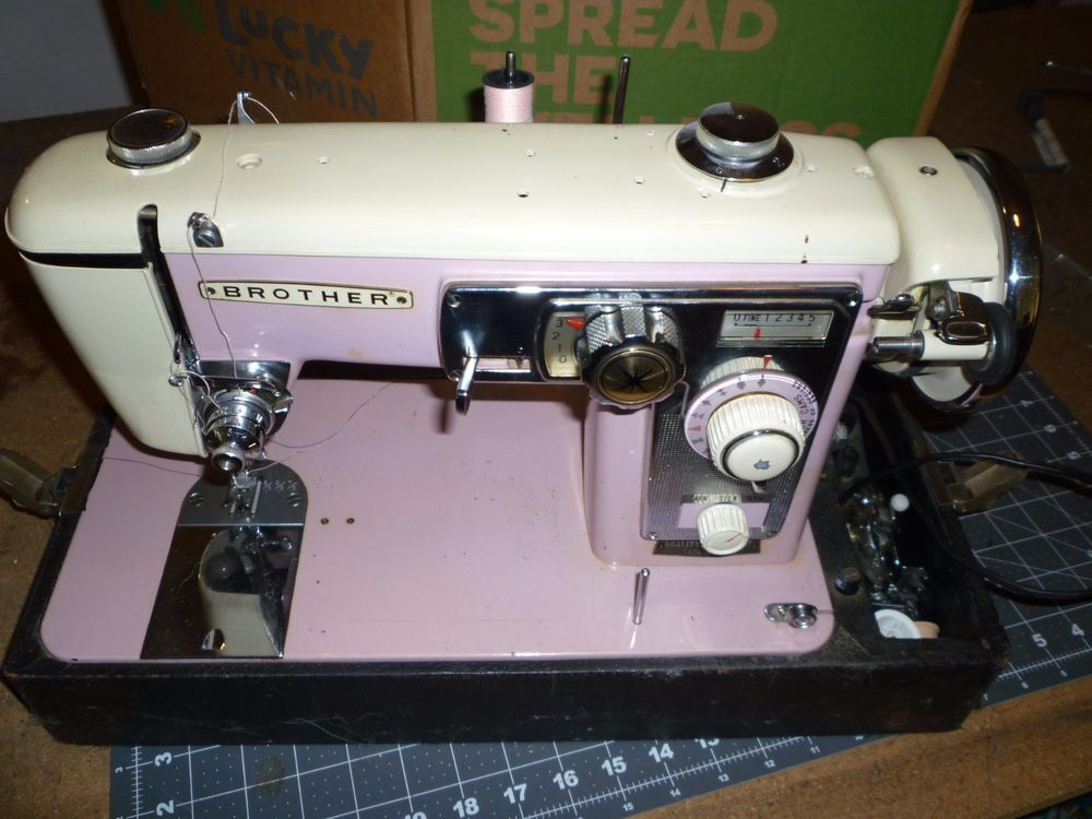 Brother Sewing Machine Model 210 Selectomatic Iv Pink Sewing Machine Vintage Sewing Machines Brother Sewing Machine Models