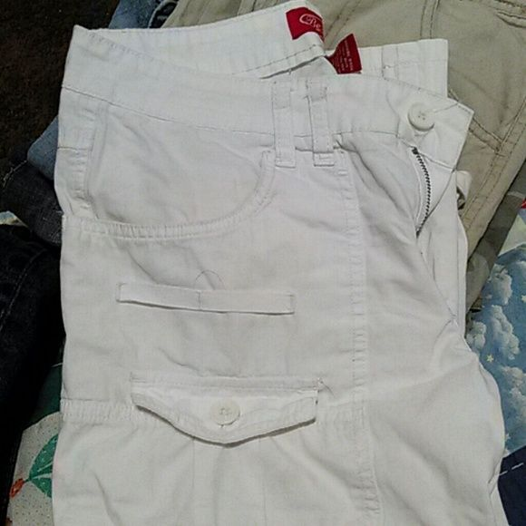 BeBop capris White. Cute side pockets. True to size. Shorts Jean Shorts