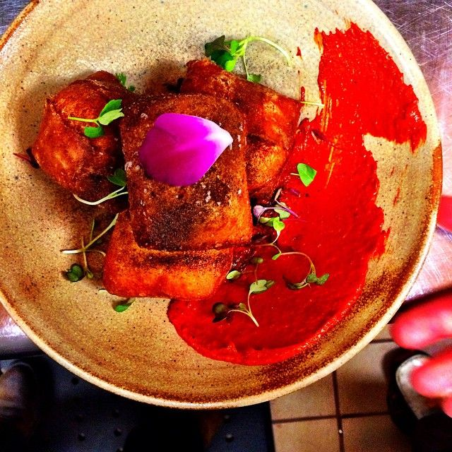 """""""Yes, those are pimento cheese filled beignets, with Harissa made fresh and onion ash. #tnlocalchef #thefarmhousesobro #hometeamasfk"""""""