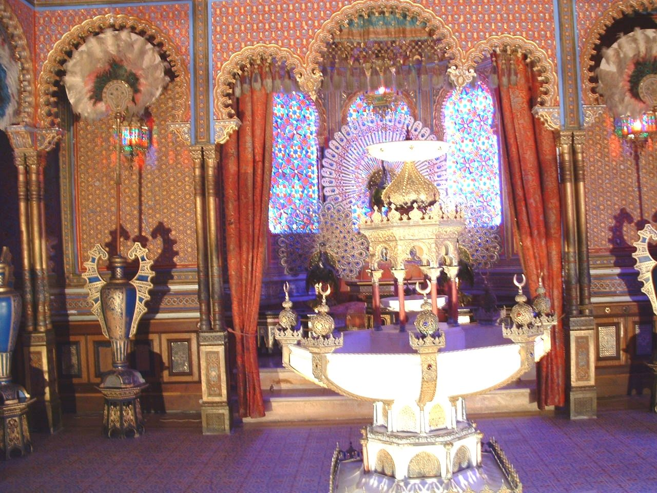 Marroqui 325 Marroqui Travellers Trip Marruecos ज नक र क ल ए स इट पर पह च Travelling Morrocos Linderhof Palace Moorish Beautiful Interiors