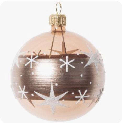Pin De En Holidays Yuletide Colors Christmas In All Its Glorious Colors Bolas De Navidad Bolas Navideño