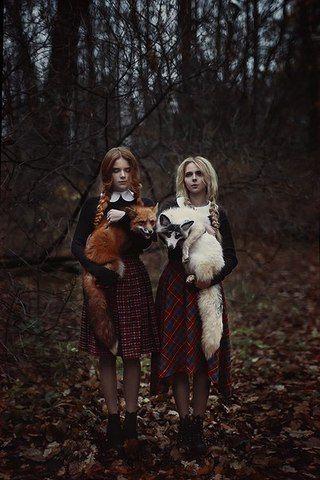 Wizard school girls with familiars Luxury Beauty - http://amzn.to/2jx73RT
