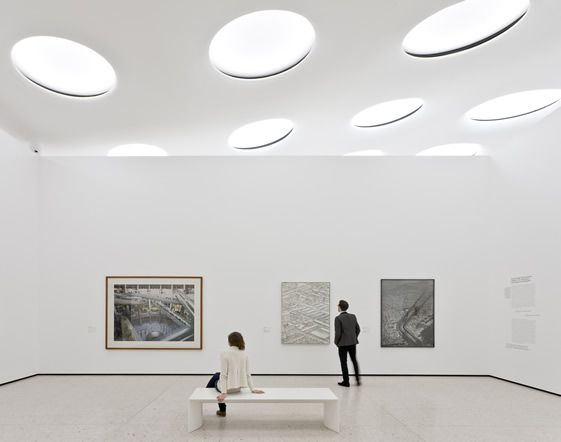 Frankfurt st del museum extension places land art for Design museum frankfurt