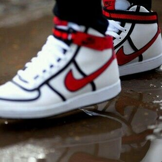 I love it | Nike shoes high tops, Red
