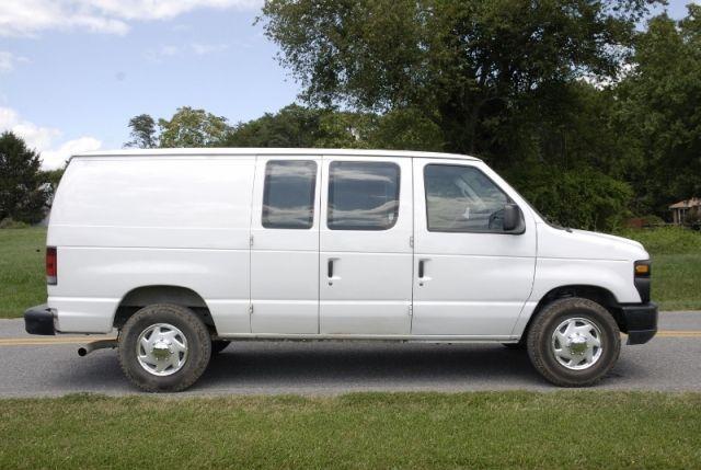 2011 Ford E 250 Cargo Work Van Trucks For Sale Trucks Trucks
