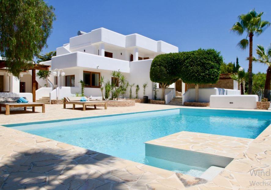 Villa zu verkaufen in (mit Bildern) Luxus villa
