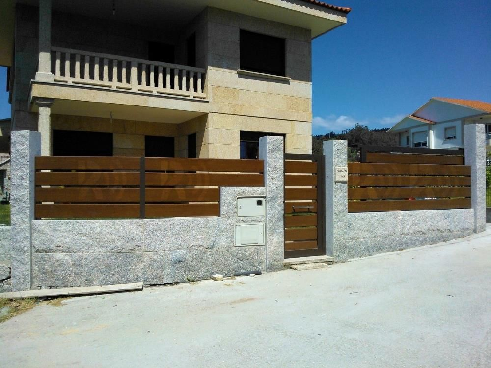 Vallas de aluminio soldado rafonca rafonca vallas pinterest aluminio vallas y muros - Cierres de madera para fincas ...