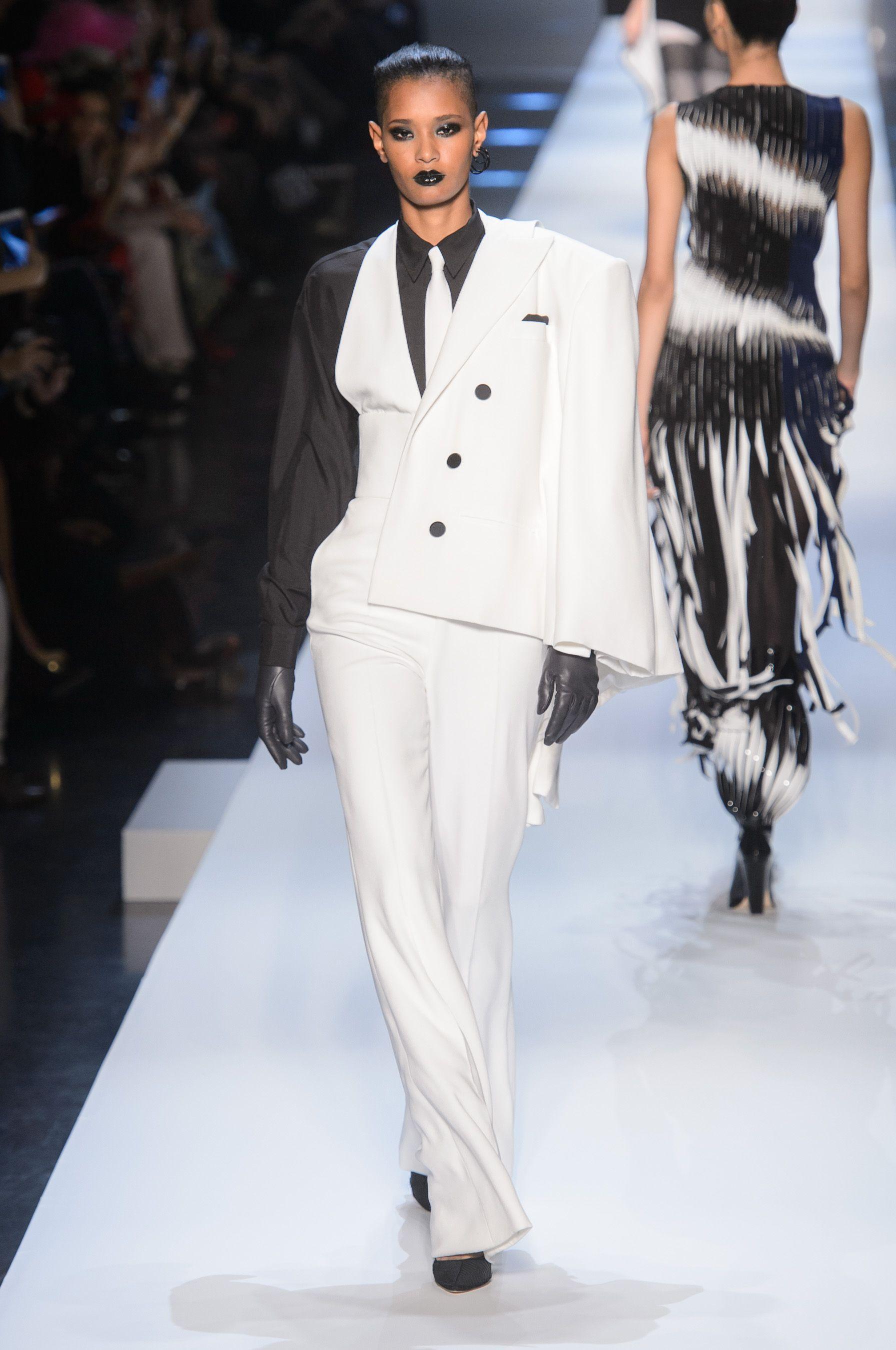 Défilé Jean Paul Gaultier Haute Couture Printemps-Été 2018 - Paris en 2019 | Jean paul gaultier ...