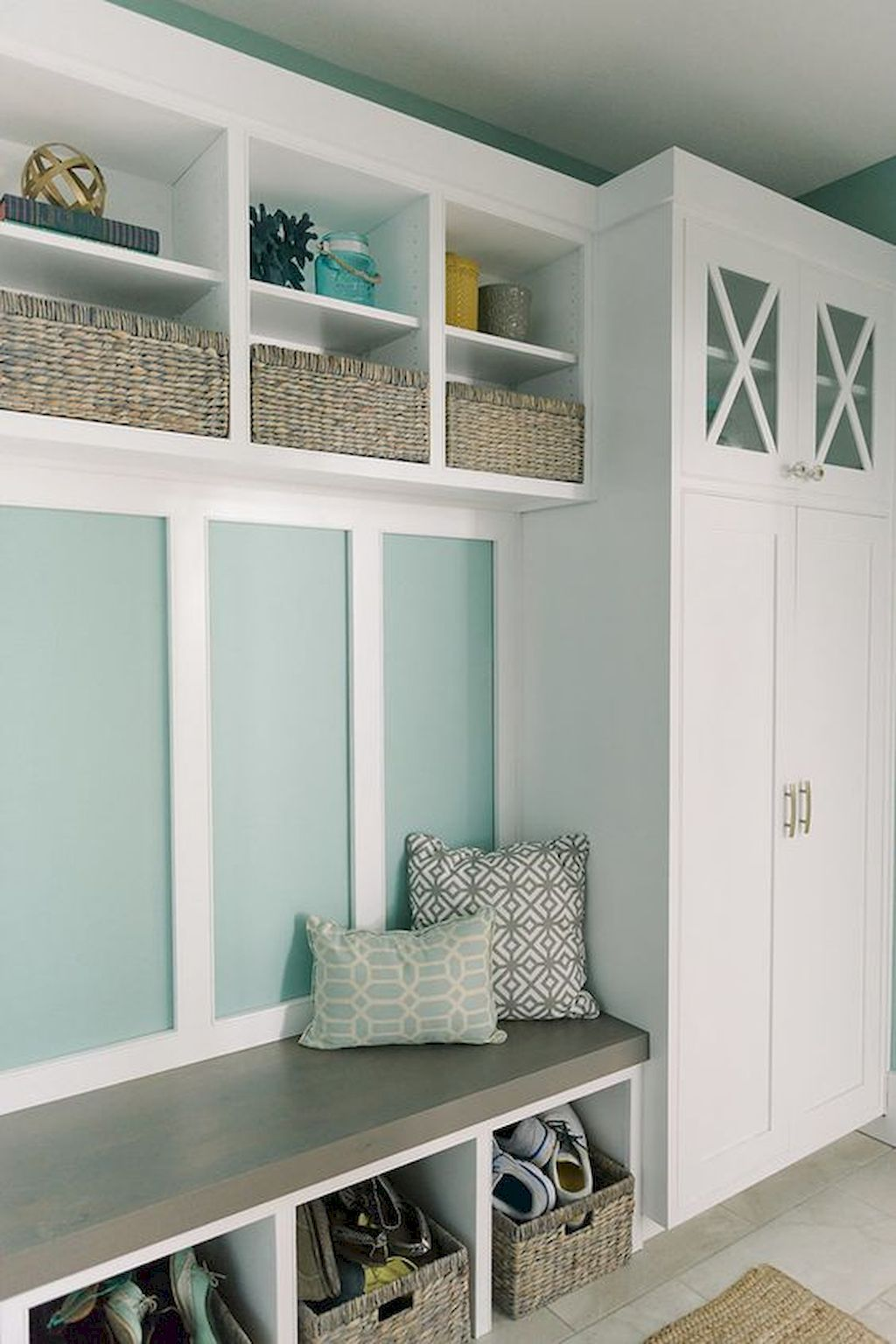 Cool 75 Farmhouse Mudroom Entryway Ideas https//wholiving
