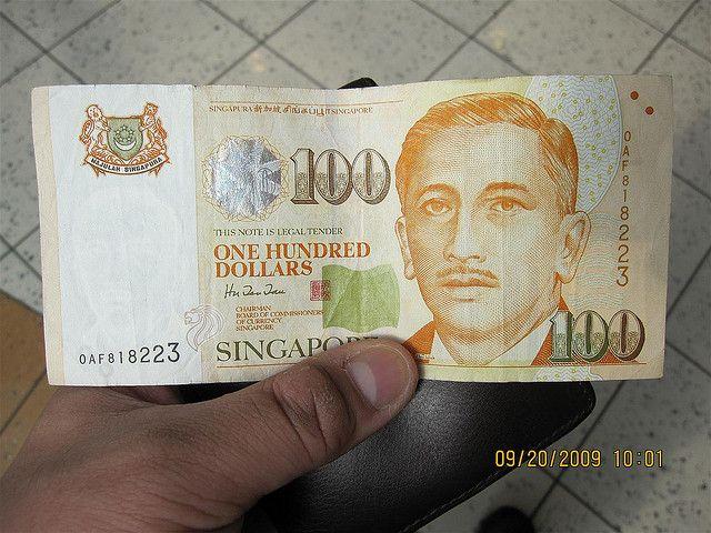 Singapore 100 Dollar Bill Photographed By Milo Riano More Miloriano Com Photos Here Milo Photos Money Mone Mo 100 Dollar Bill Extra Money Online Dollar