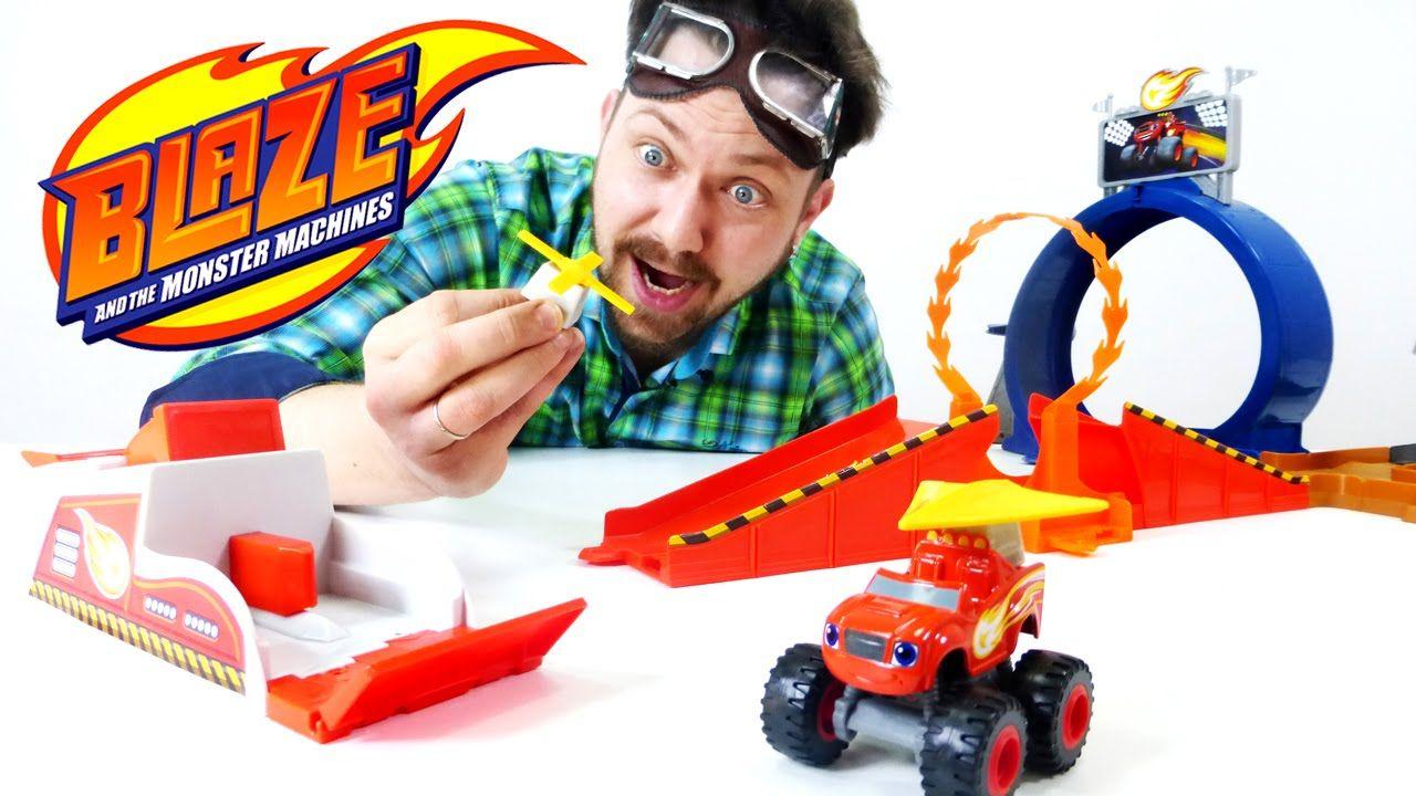 Видео для детей: Гараж Алекса! Вспыш и Чудо-машинки! | Для ...