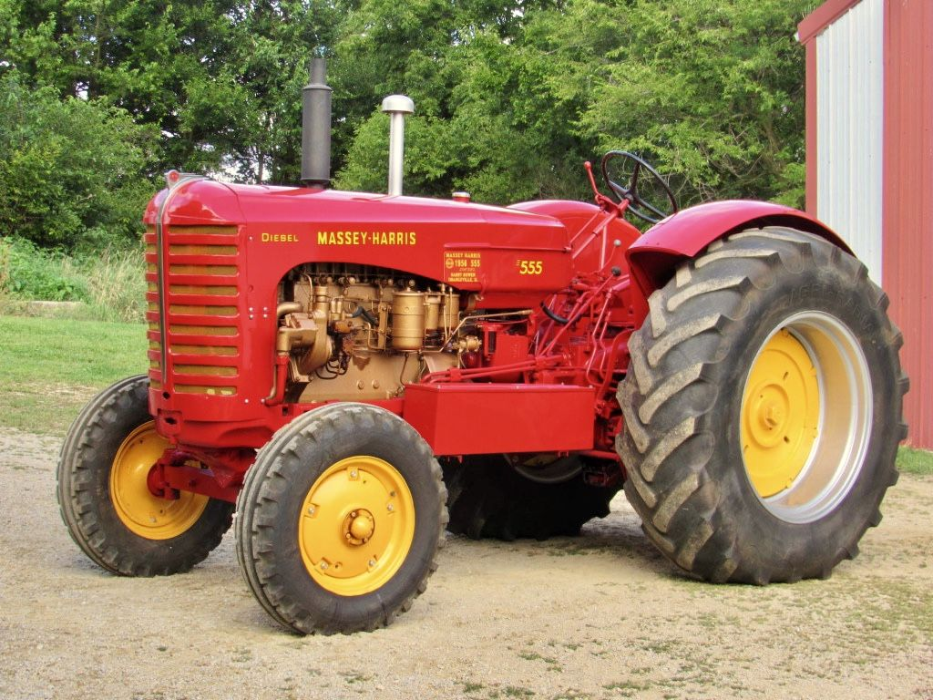 International 1455XL, a big tractor in its day, complete