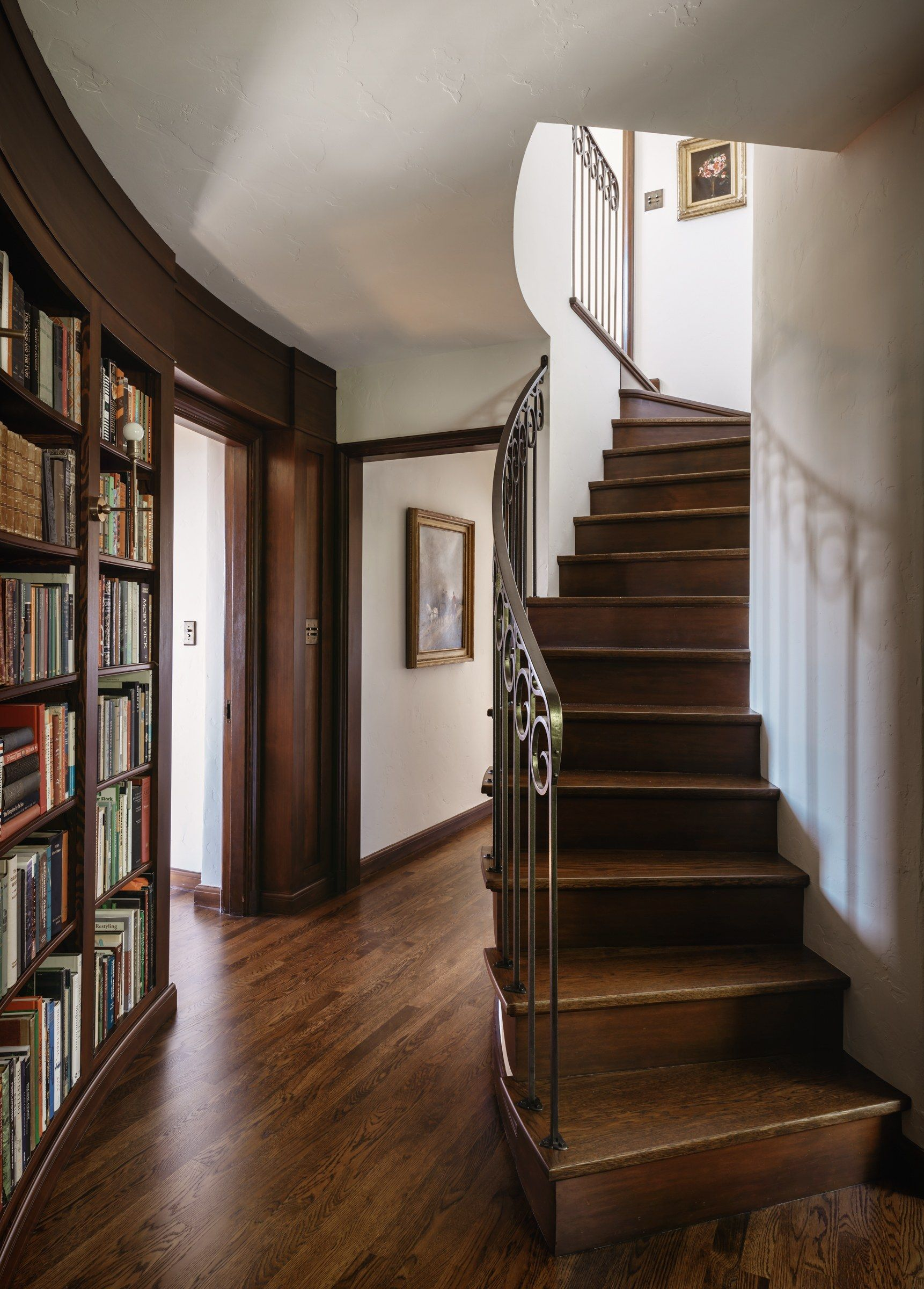 Go Inside A Historic Portland Tudor That S Surprisingly Modern Tudor Style Homes Tudor House Funky Home Decor
