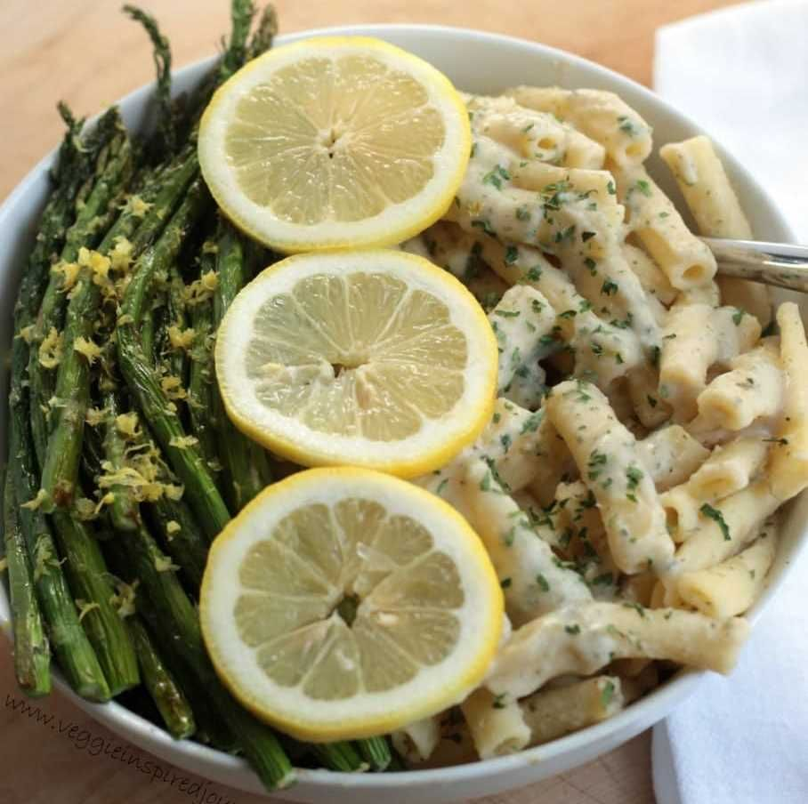 Creamy Lemon Ziti with Roasted Asparagus #recipe via Veggie Inspired http://www.yummly.co/#recipe/Creamy-Lemon-Ziti-with-Roasted-Asparagus-1083396