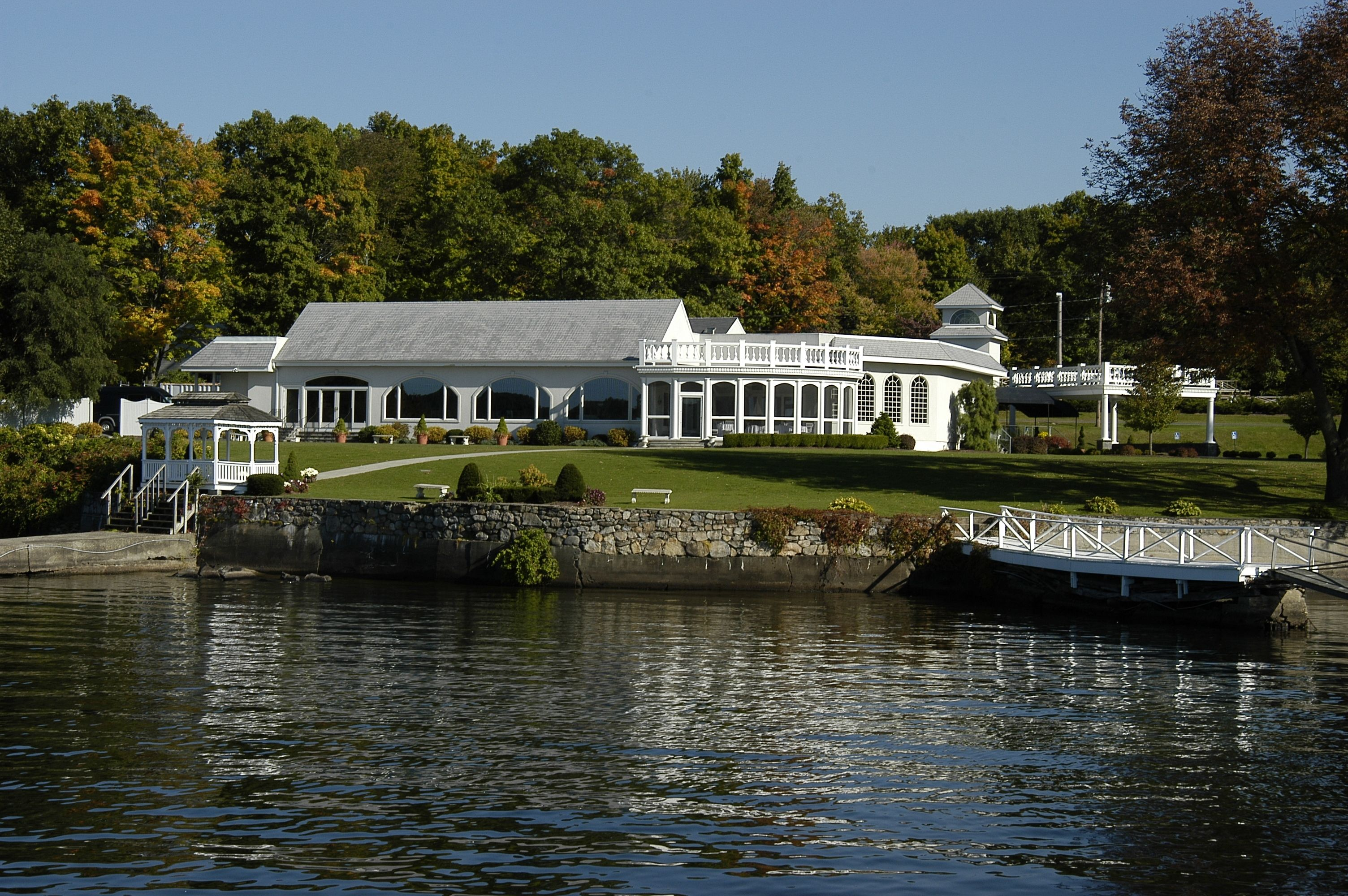 Beautiful view of the candlewood inn designed by leigh overland beautiful view of the candlewood inn designed by leigh overland architect ldoverland junglespirit Image collections
