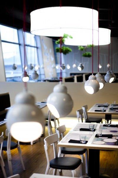Fly Inn Restaurant Helsinki; interiors: dSign Vertti Kivi & Co; photo: Matti Immonen; product: artek