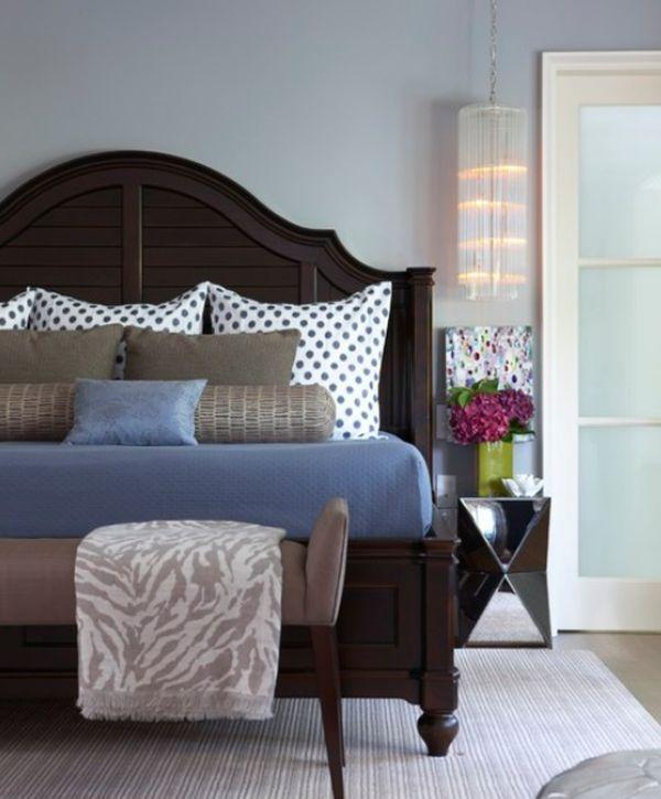 Bed Pillow Arrangements What S Your Number Bedroom