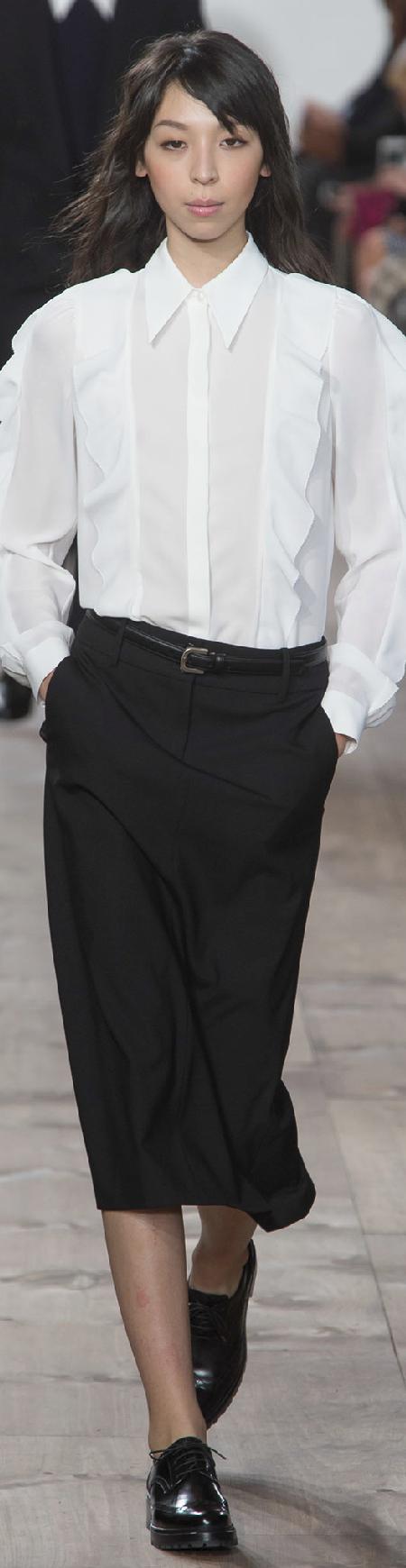 #Modest doesn't mean frumpy. www.ColleenHammond.com  Fall 2015 Ready-to-Wear Michael Kors