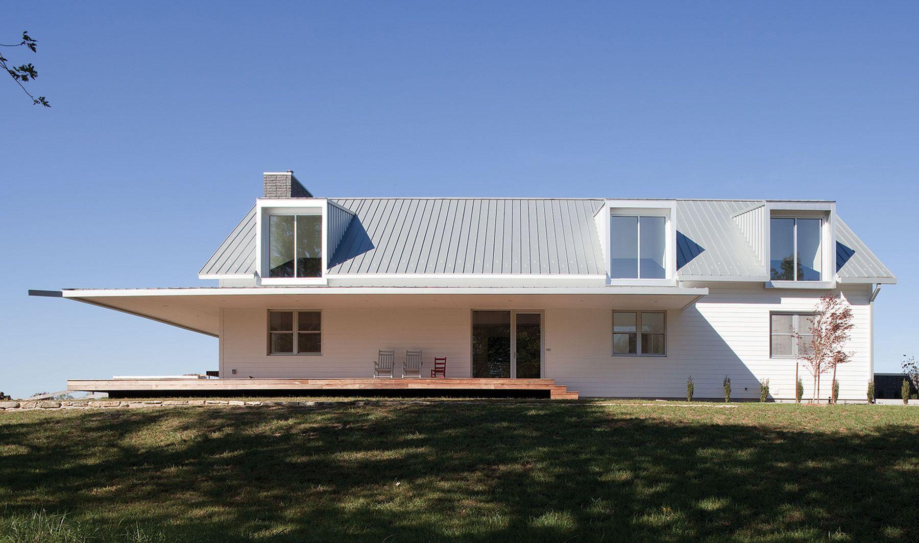 A Modern Take On Traditional Farmhouse Design