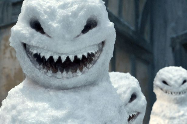 WTF 10 Scary Snowman Holiday Cards You Wouldn't Want