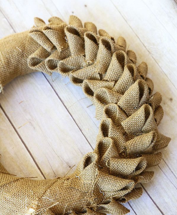 Www Fotoventasdigital Com Diy Burlap Wreath That Folding: Once Resigned To Sacking Potatoes, Burlap Is All The Rage