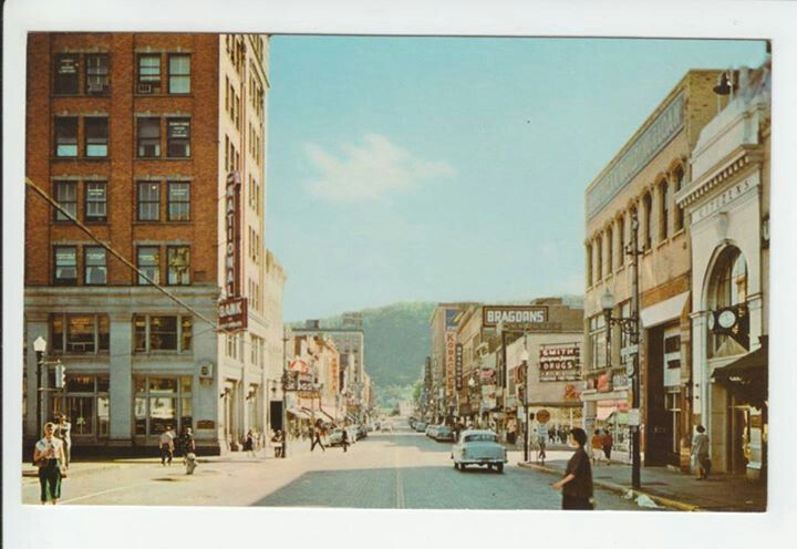 Downtown portsmouth ohio 1950s in 1968 i worker in sears dept downtown portsmouth ohio in 1968 i worker in sears dept store and got my ears pierced then sciox Images