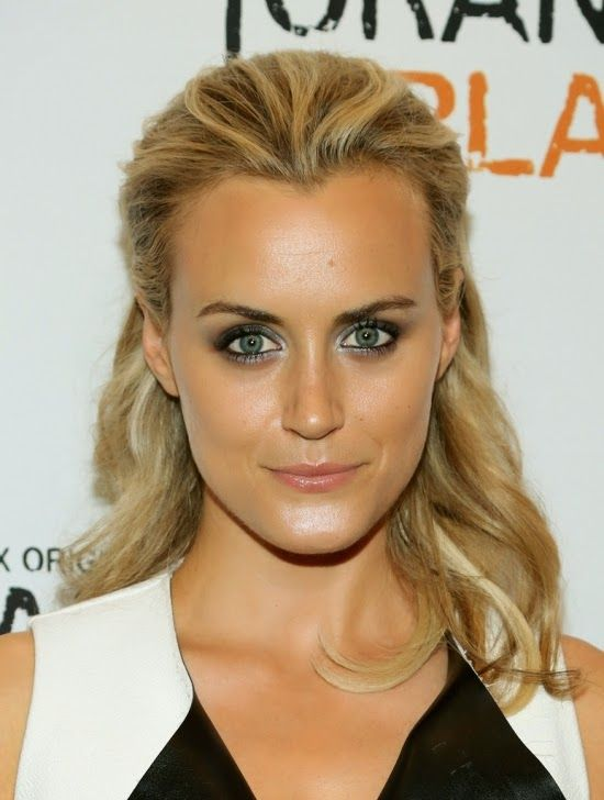 Piper chapman · Taylor Schilling | Taylor Schilling is an American actress  born July 27, 1984 in Boston