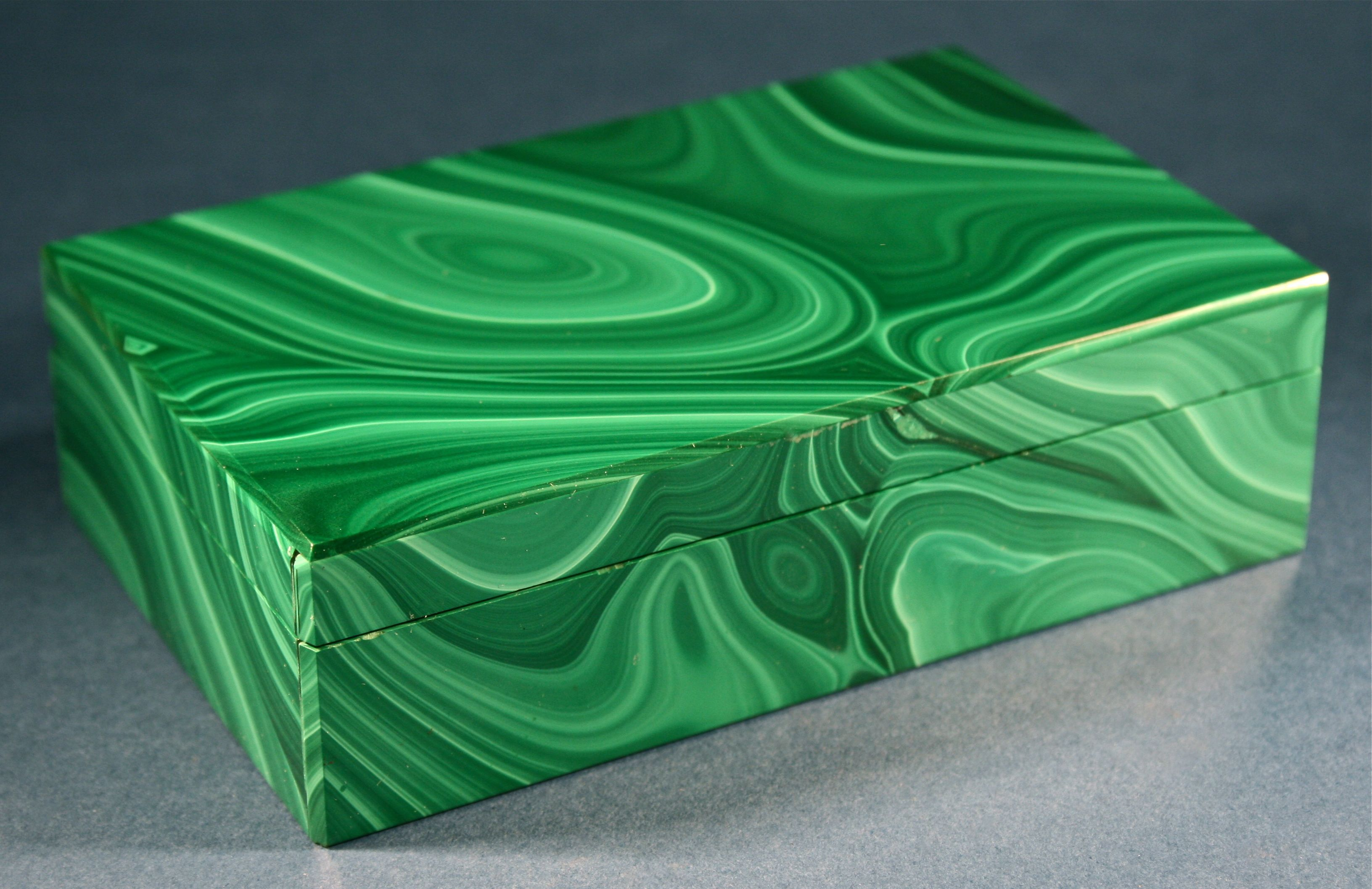 Antique Russian Handmade Malachite & Black Onyx Stone Box - http://www.busaccagallery.com/catalog.php?catid=37&itemid=6277&page=1