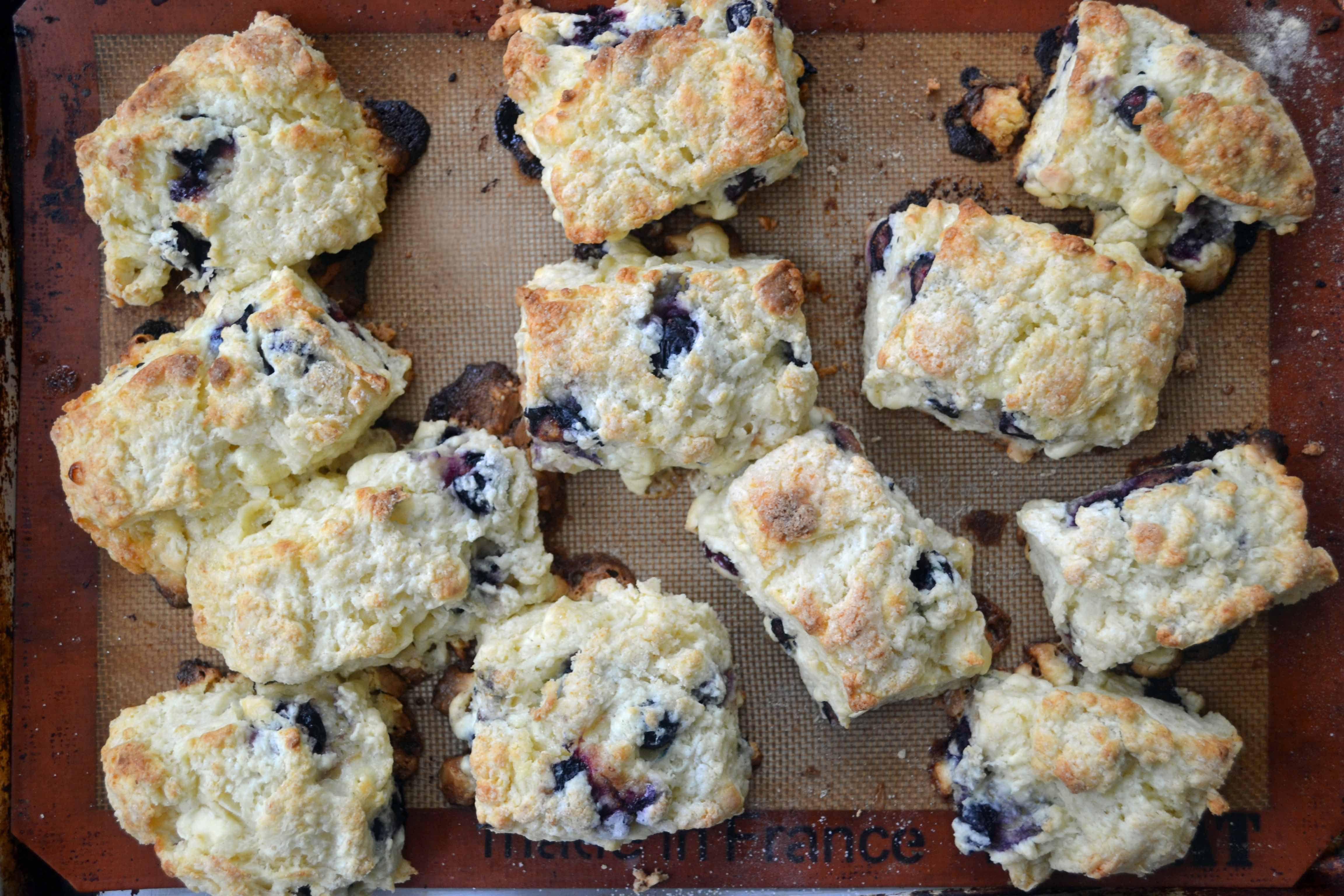 blueberry white chocolate scones 1 Blueberry & White Chocolate Chunk Scones