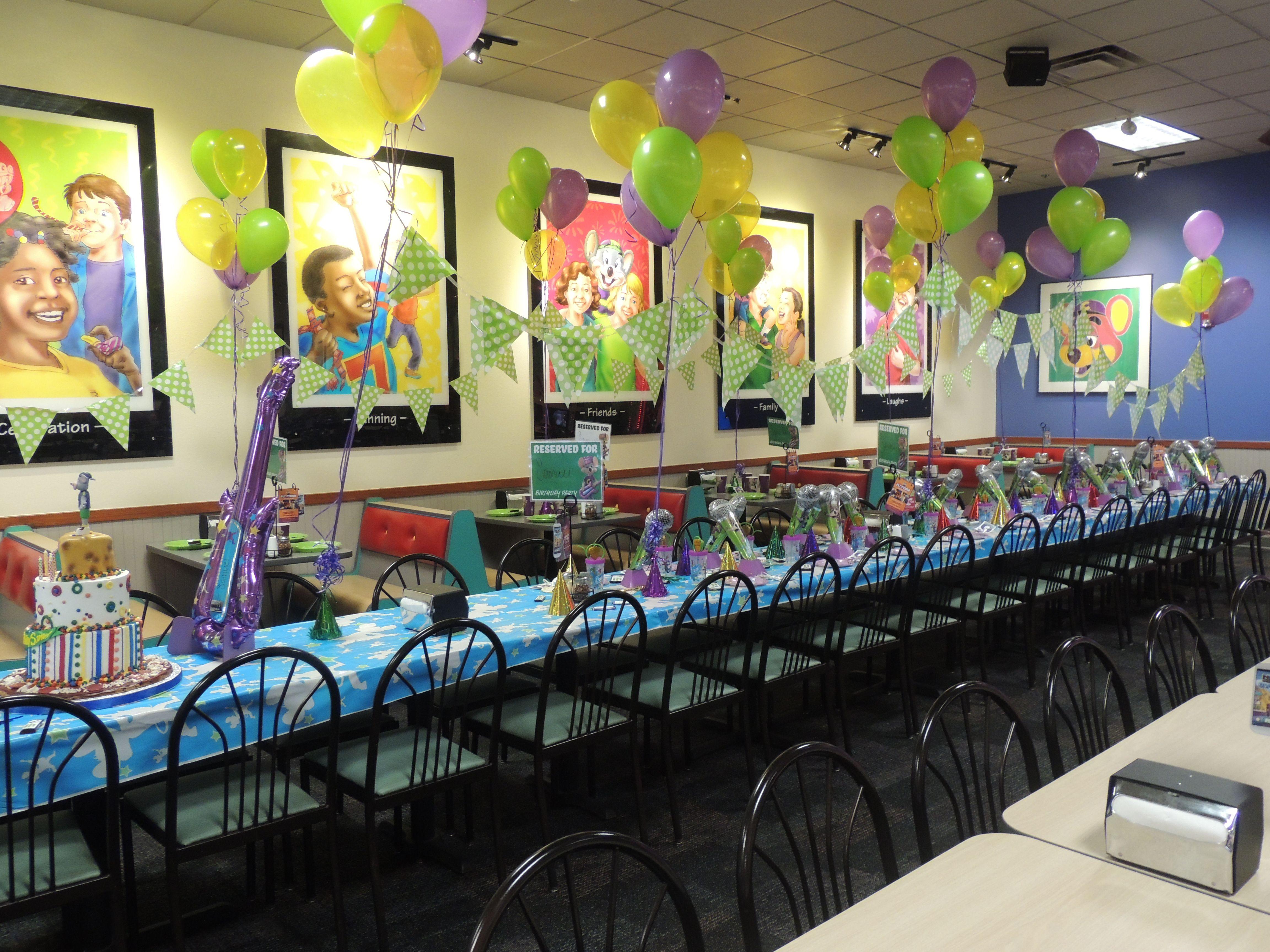 Chuck E Cheese Table   Birthday Party   Chucky cheese ...