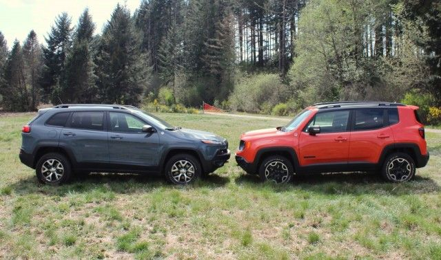 Jeep Renegade Vs Jeep Cherokee How Do They Size Up Jeep Renegade Jeep Cherokee Cool Jeeps