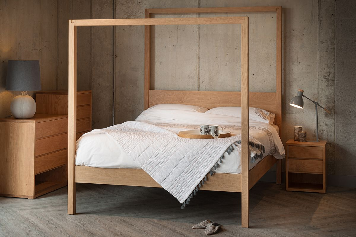 Interiors Oasis Contemporary 4 Poster Bed