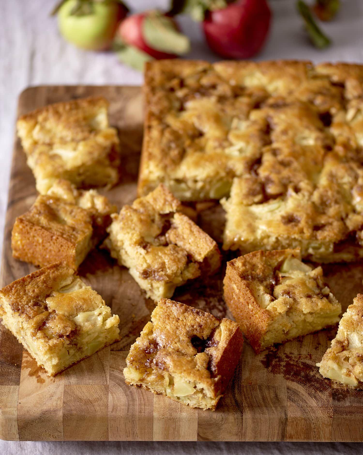 Apple Yogurt Cake With A Cinnamon Sugar Streak Recipe With Images Yogurt Cake Apple Recipes Dessert Recipes