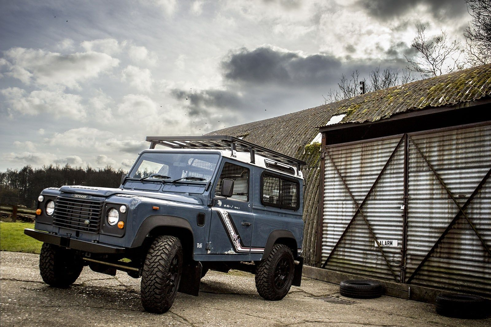 windjammer blue handsome 1991 land rover defender 90 restored and rh pinterest com