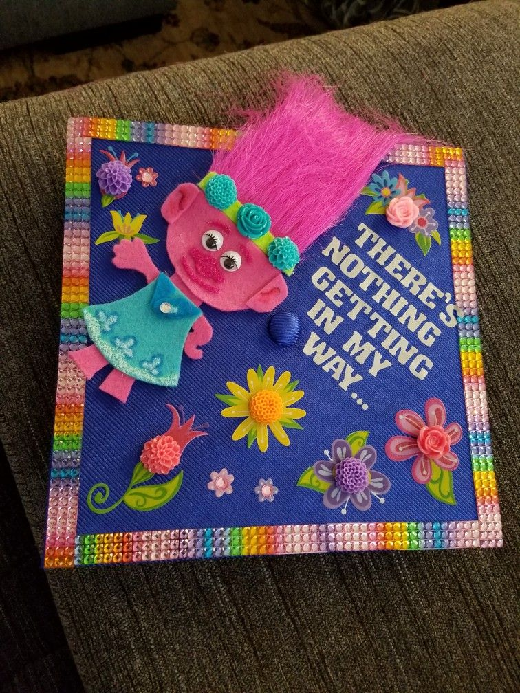 I Made This Trolls Cap For My Daughter S Kindergarten Graduation Diy Graduation Cap Kindergarten Graduation Kindergarden Graduation