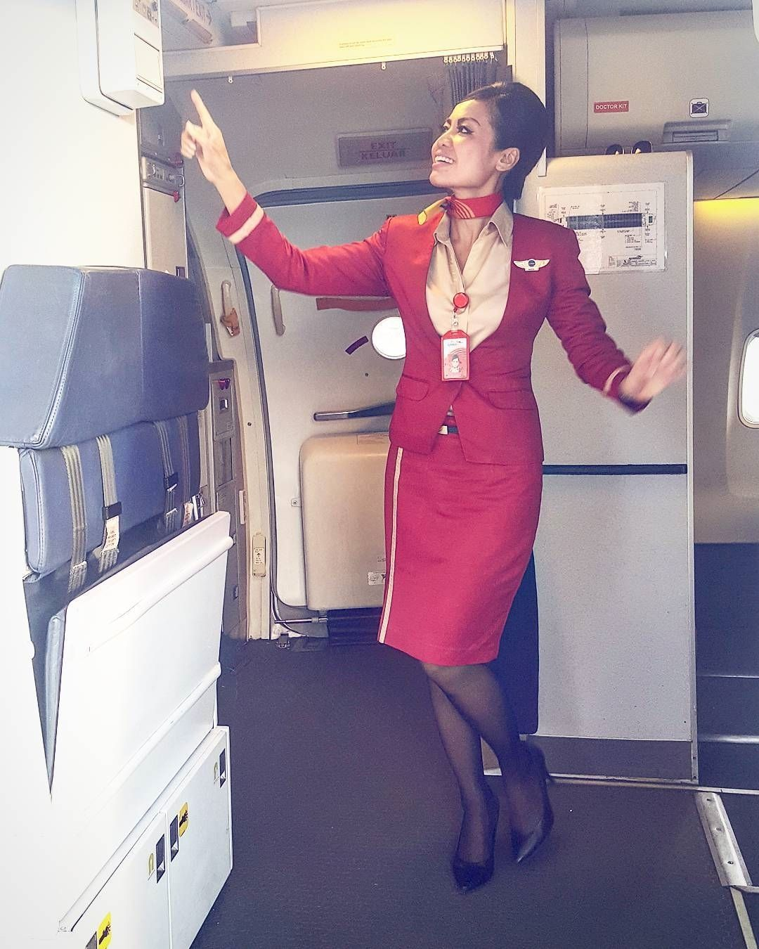 From @henie_picart http://bit.ly/2rKIPrz She's hurt mentally & emotionally but everyday she walks with a smile cause thats just who she is the girl who never stopped smilling  #bepositive #bethankful #behappy #smile #crewlife #crewiser #flightattendant #instacrew #cabincrew #instacrew #cabinlife #cabincrew #crewiser #pilot #stewardess #aircrew #flying #airhostess #travel #avgeek #fly #cabincrewlifestyle #airlines #steward #airline #airlinescrew #crewlifestyle #flightattendants #plane…