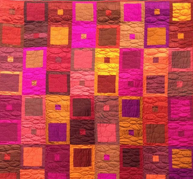 Lynn Drake - Full of Heart; machine pieced, machine quilted
