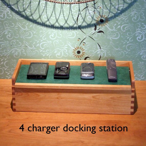 Family Charging Station family gift - docking station for 4 phones - phone docking station