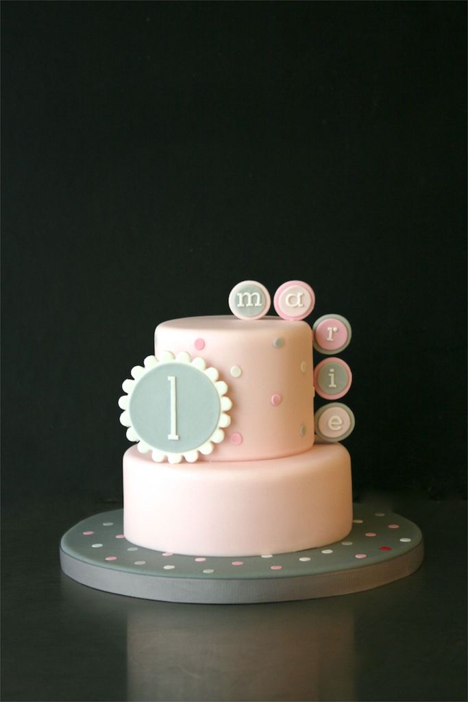 Pink 1st Birthday Cake Love how simple it is 1st Bday Ideas