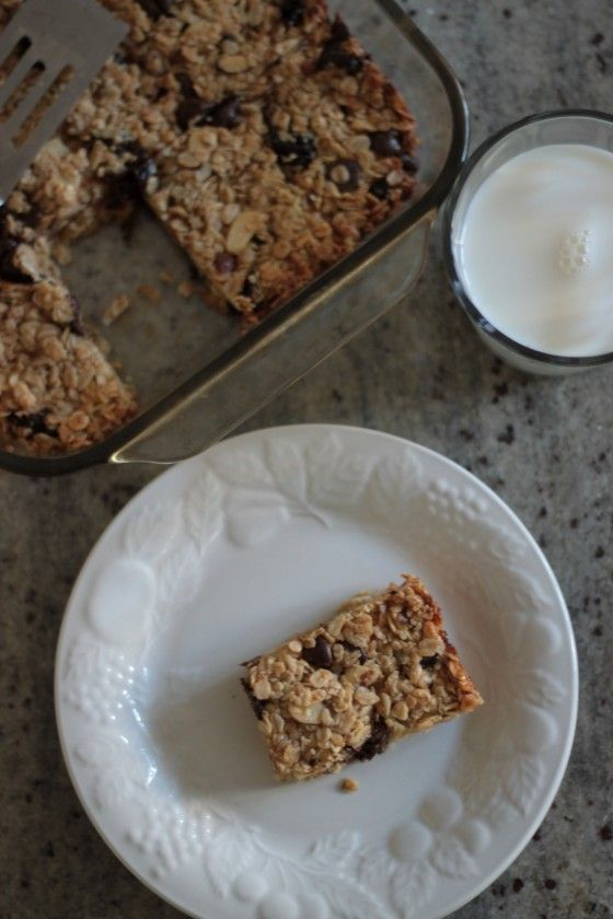Cherry Chip Granola Bars With Homemade Sweetened Condensed Milk Bran Appetit Granola Recipe Bars Chocolate Chip Granola Bars How Sweet Eats