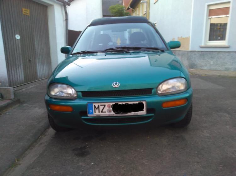 Mazda 121 genannt Das Ei! € 1290,- mit Tüv! Unfallfrei!   Auto ...