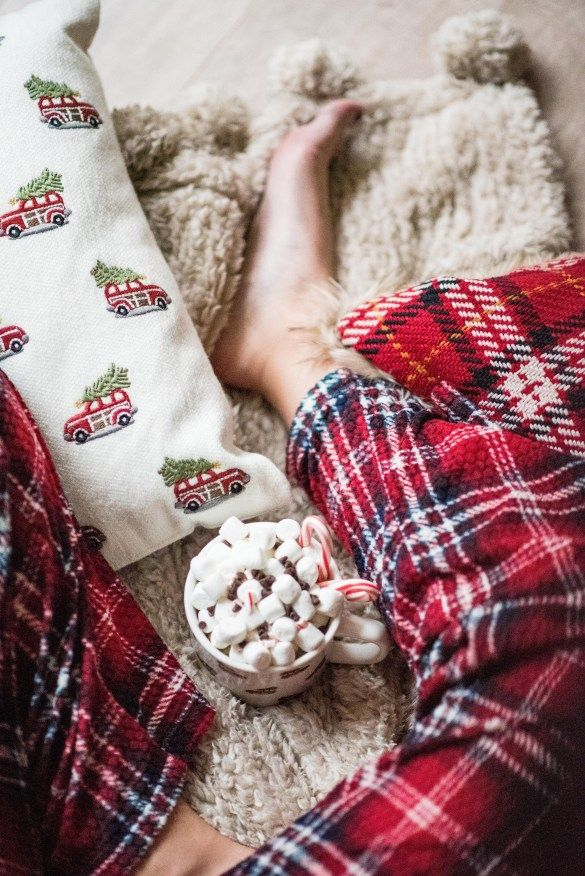 Cozy for the Holidays with Pottery Barn Pottery barn