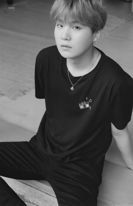 BTS SUGA BTS [scan] memories 2019 black and white   bts b&w  b&w edit  b&w aesthetic bts icons #btspics #bts #jk #v #jimin #jhope #suga #jin #rm #gif #video black and white icons
