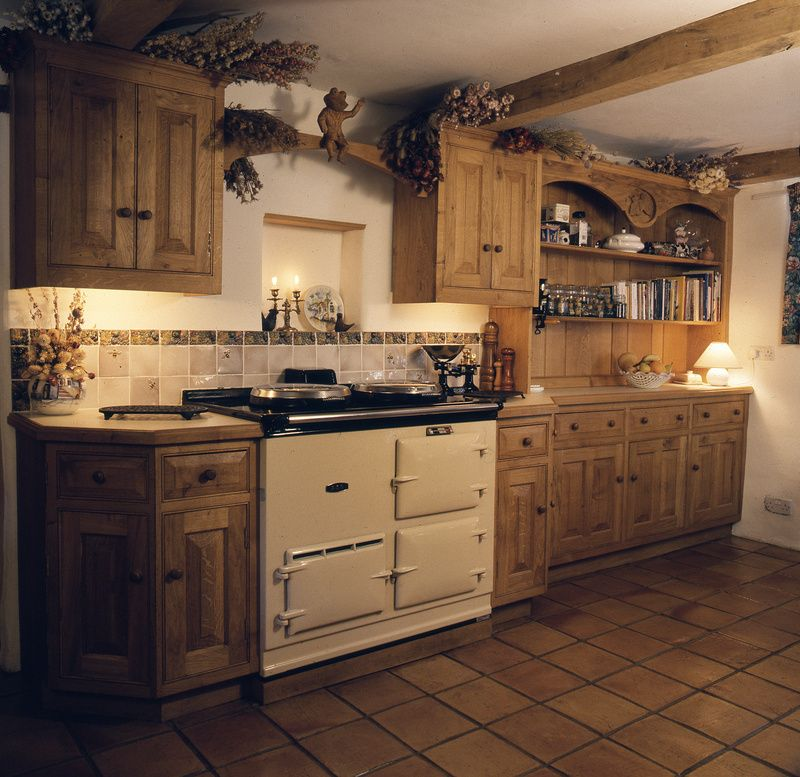 Personal kitchens traditional kitchens handmade kitchenscheshire bespoke kitchens uk free - Pictures of country cottage kitchens ...